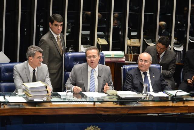 http://www.cspb.org.br/UserFiles/Image/mesa-plenario-aprovacao.jpg